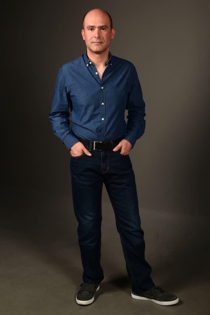 Modelo masculino senior para Televisão e publicidade - valente Produções